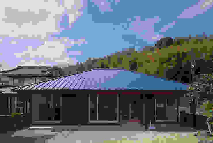 根據 建築デザイン工房kocochi空間 隨意取材風