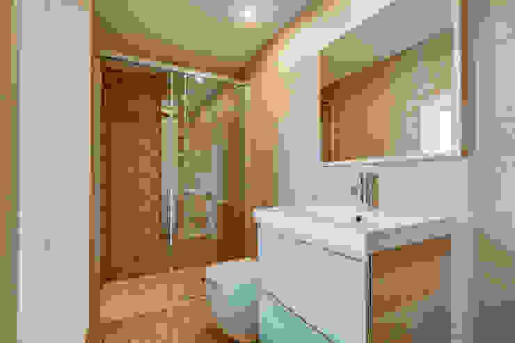 PROMOCIÓN 4 LOFTS Baños de estilo mediterráneo de Lara Pujol | Interiorismo & Proyectos de diseño Mediterráneo