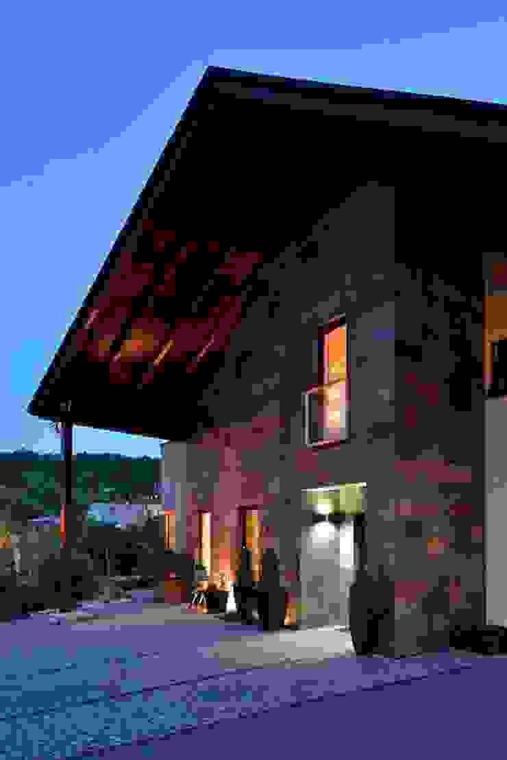 ARCHITEKT.LEMANSKI Rumah Modern