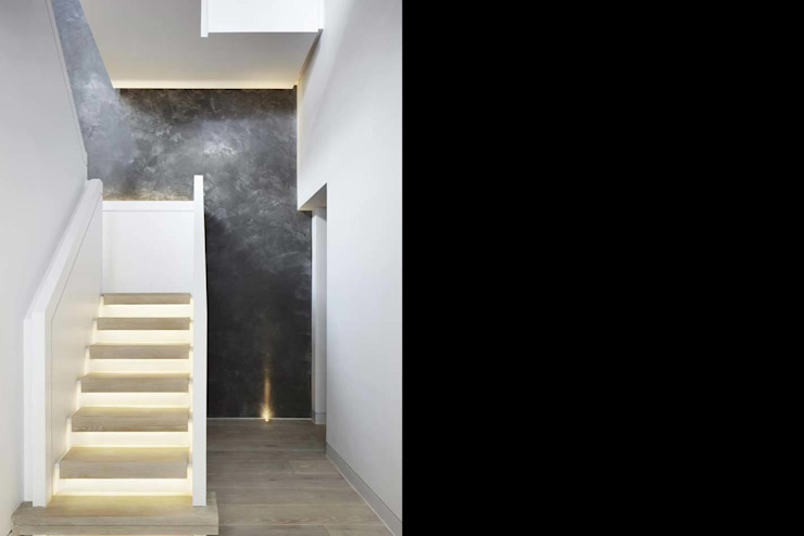 Coborn House Modern corridor, hallway & stairs by Clear Architects Modern