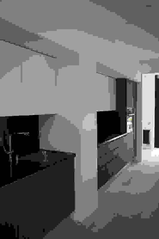 Дом №1 Кухня в стиле минимализм от Elena Zazulina Минимализм