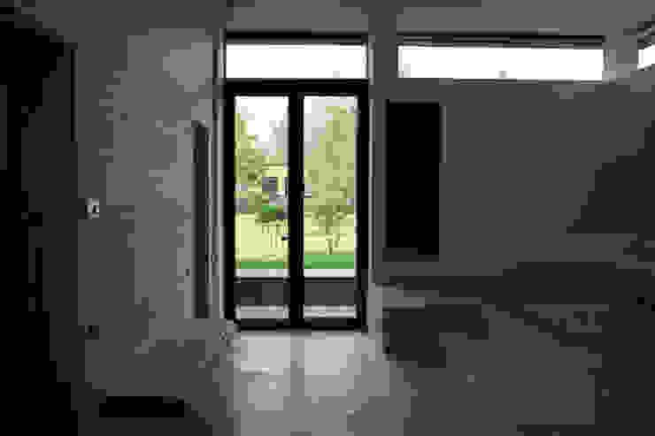 Дом №1 Спа в стиле минимализм от Elena Zazulina Минимализм