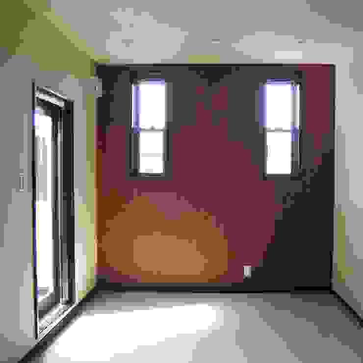 2階・個室: OSM建築設計事務所が手掛けた和室です。,モダン