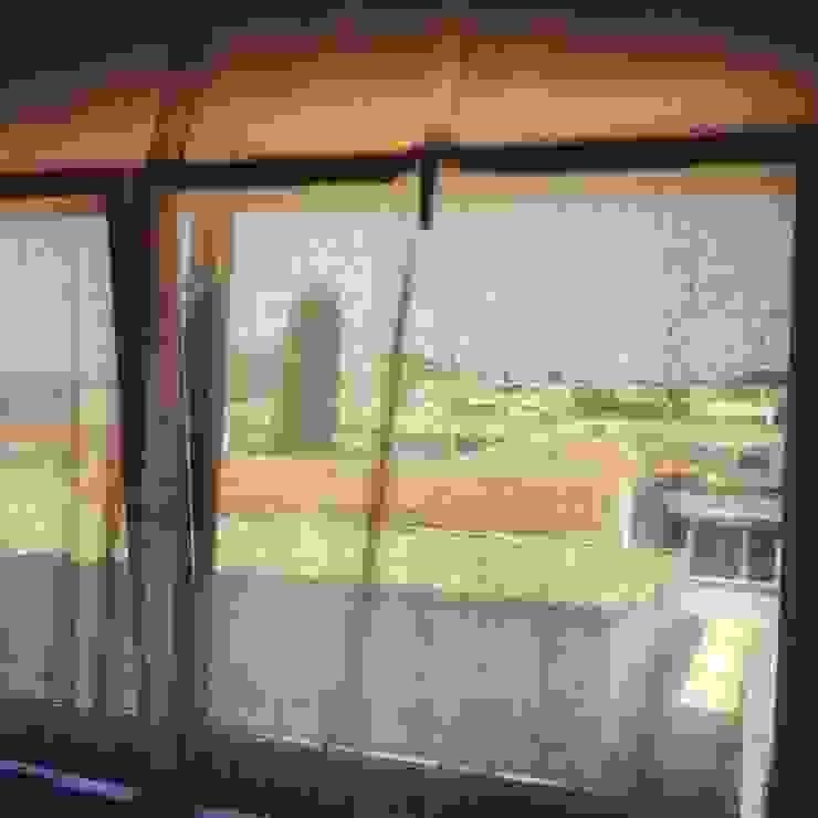 vistas dormitorio Dormitorios de estilo industrial de SMMARQUITECTURA Industrial