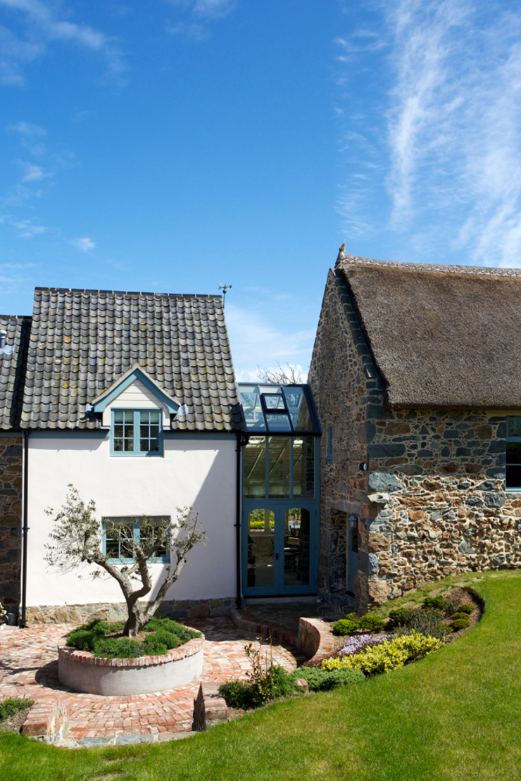 La Croisee Rustic style houses by CCD Architects Rustic