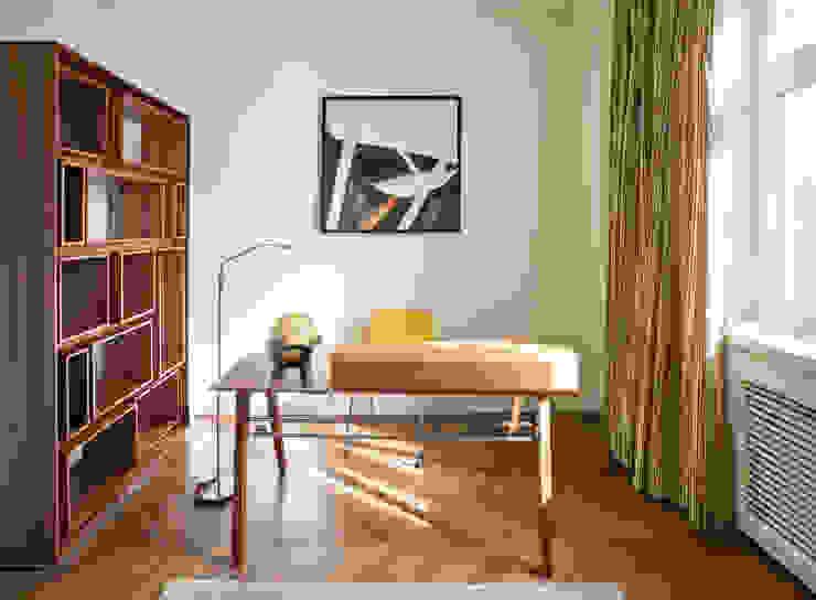 Квартира на Ломоносовском Рабочий кабинет в эклектичном стиле от Надежда Каппер Эклектичный