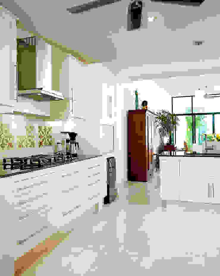 Casa CP78 Cocinas modernas de Taller Estilo Arquitectura Moderno
