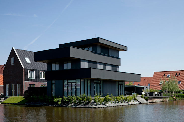 Modern houses by HOYT architecten Modern
