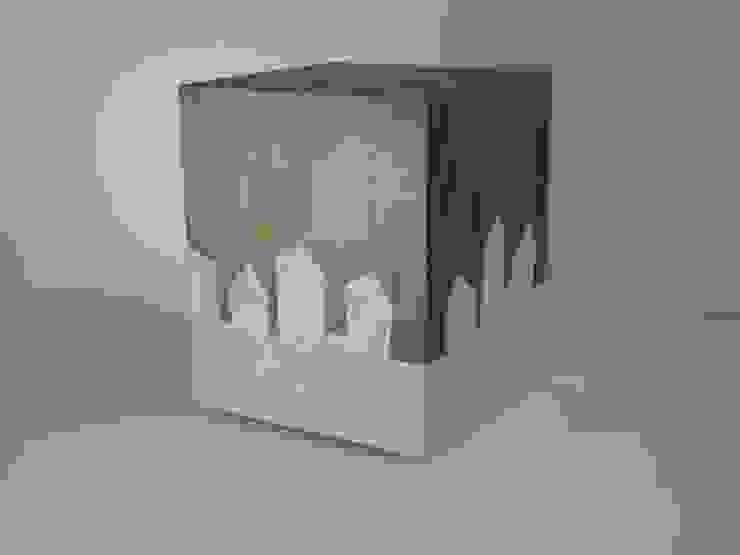 Stadttisch Nr.3 von Hans Panschar Minimalistisch