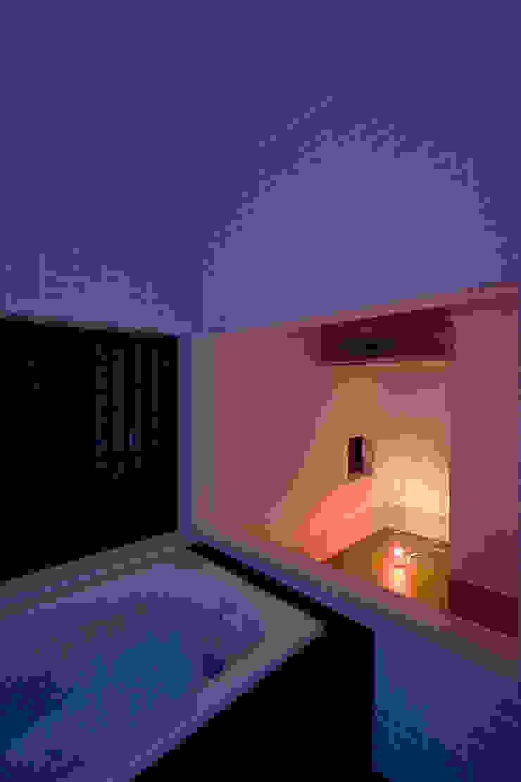 あそびのある浴室 モダンスタイルの お風呂 の 一級建築士事務所 笹尾徹建築設計事務所 モダン