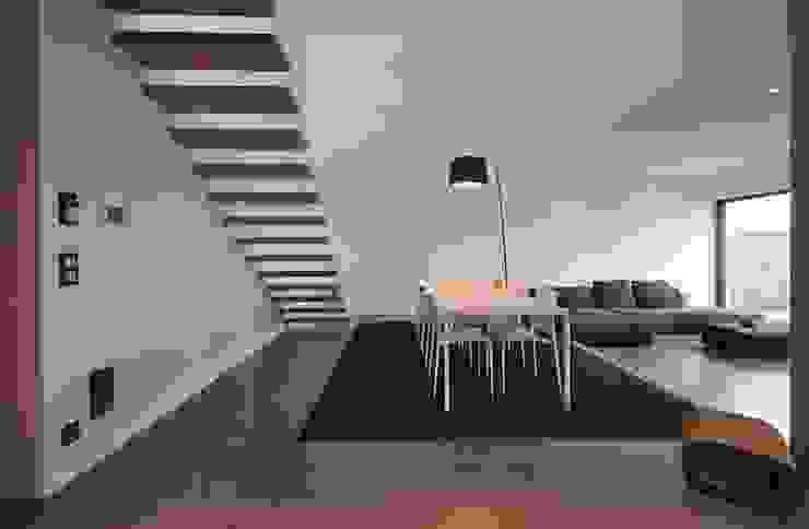 by lc[a] la croix [architekten] Мінімалістичний