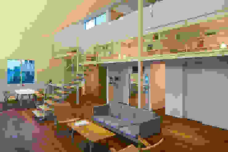 甲斐の家 ミニマルデザインの リビング の MAMM DESIGN ミニマル