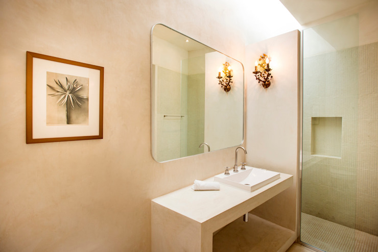 Bathroom by Taller Estilo Arquitectura, Colonial