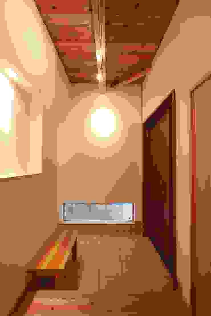 玄関 和風の 玄関&廊下&階段 の 加藤一高建築設計事務所 和風