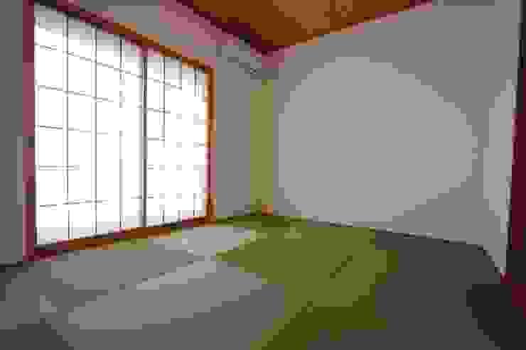 和室 和風デザインの 多目的室 の 加藤一高建築設計事務所 和風