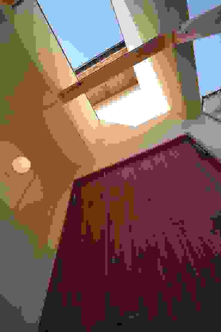 アプローチ 日本家屋・アジアの家 の 加藤一高建築設計事務所 和風