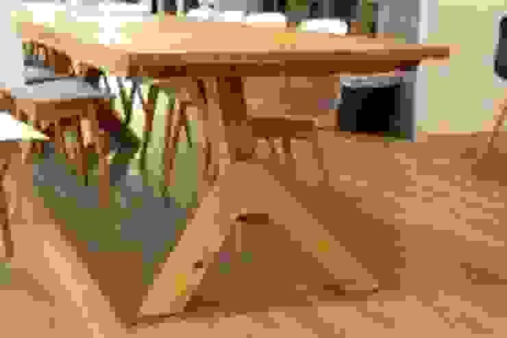 Tafels en ontvangstbalie wooningbouw vereniging Moderne kantoorgebouwen van Samosa 'Ontwerp op Maat' Modern