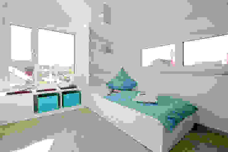 Детская комната в колониальном стиле от FischerHaus GmbH & Co. KG Колониальный