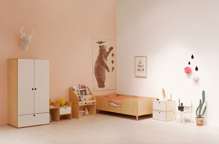 ice cream bed + universe chest / closet: wie ein KINO의  아이방