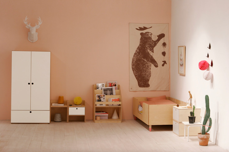 ice cream bed + universe chest / closet 모던스타일 아이방 by wie ein KINO 모던
