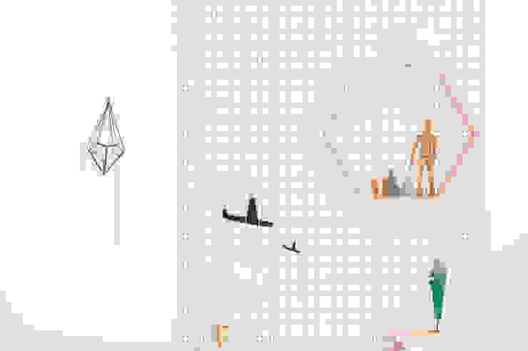 bee hive shelf: wie ein KINO의  아이 방