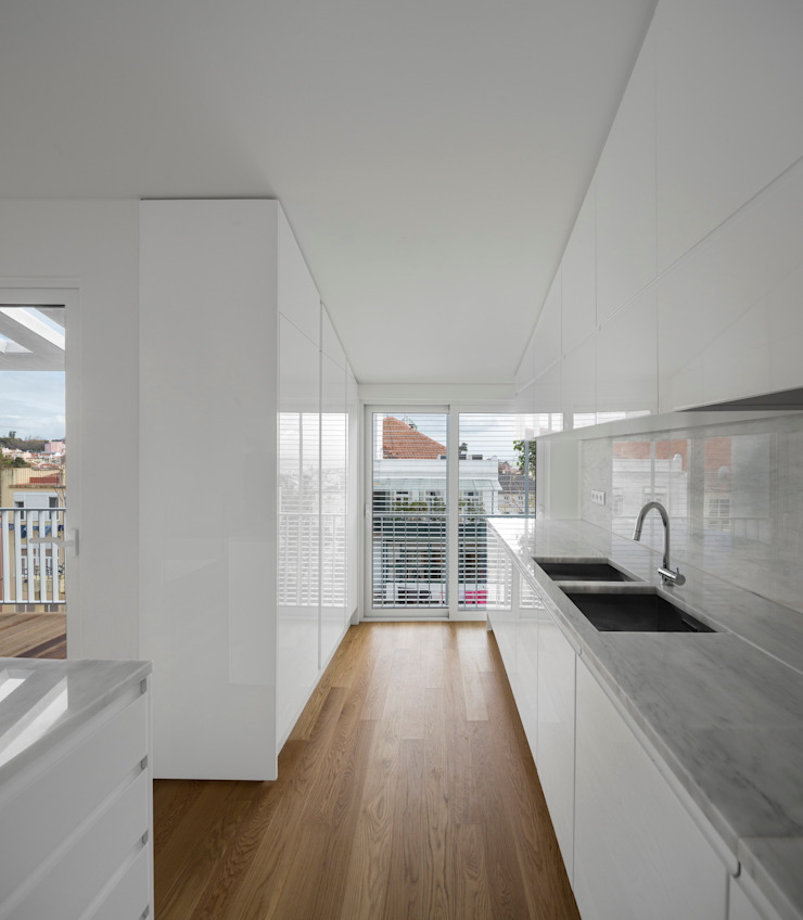 Lapa Building by João Tiago Aguiar, arquitectos Minimalist