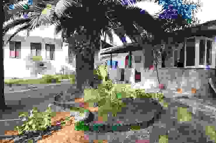 Mediterranean style garden by Angora Camping Mediterranean
