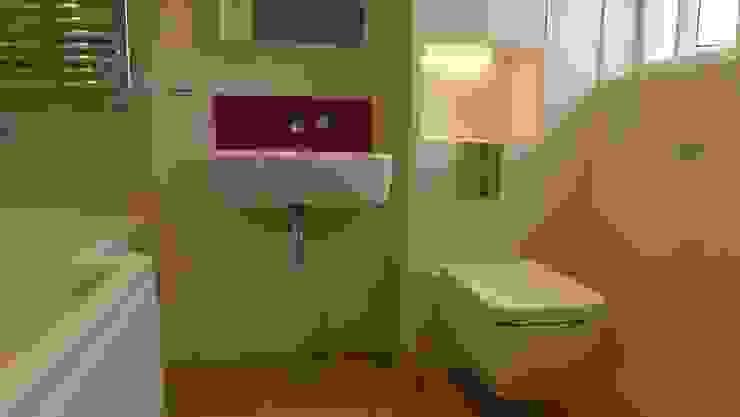 Baños de estilo  por Style Within, Moderno