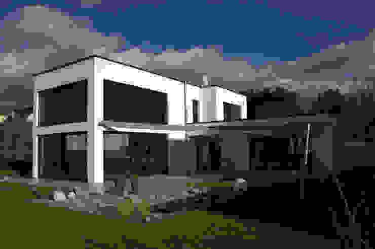 Einfamilienhaus mit Garage Architekt Erdmann Moderne Häuser