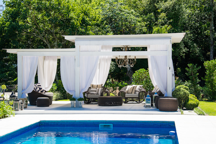 Eclectic style garden by Loro Arquitetura e Paisagismo Eclectic