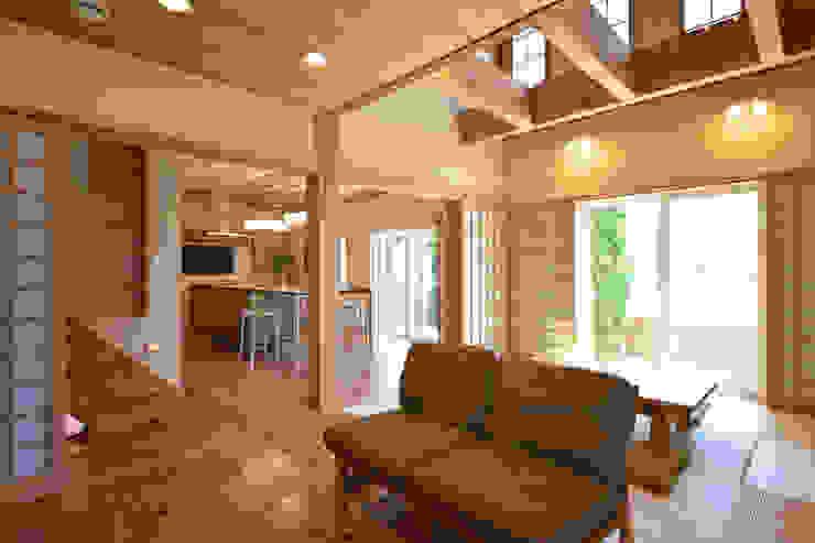注文住宅「杉の家」 クラシックデザインの リビング の 桶市ハウジング クラシック
