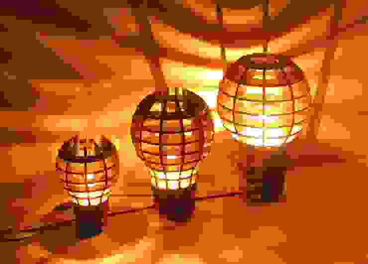 "Lampe suspension ou à poser "" Be a Big Lightbulb"" Be The Light ArtObjets d'art"