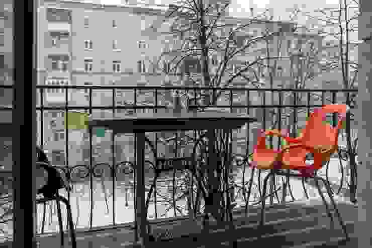 Flat K Балкон и веранда в стиле лофт от KOPNA Лофт
