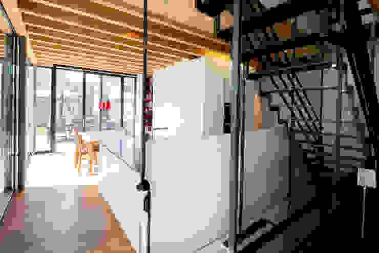 Doppelhaushälfte WI10 über dem Kessel Moderne Küchen von Schiller Architektur BDA Modern