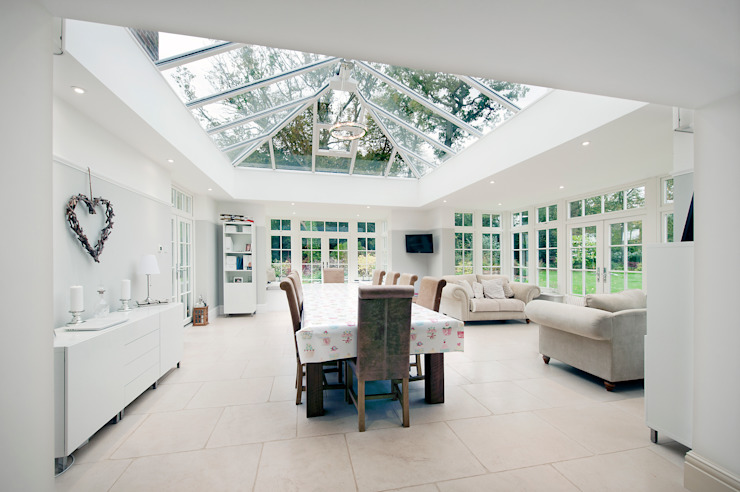 Orangery and Kitchen Extension by ROCOCO Modern
