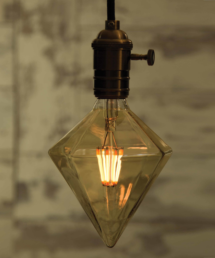 Sharp Diamond - LED - Vintage Style - 8 filaments William and Watson HouseholdAccessories & decoration