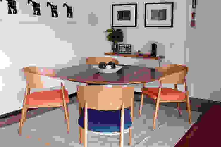 Ruang Makan Gaya Rustic Oleh Renata Romeiro Interiores Rustic