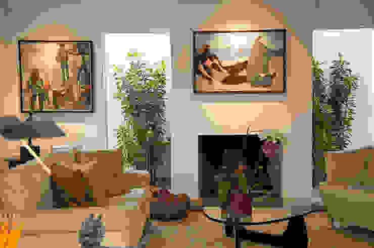Residência Jardim Europa/SP Salas de estar modernas por Renata Romeiro Interiores Moderno