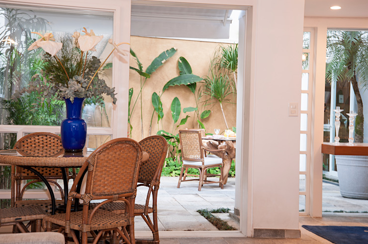 Residência Jardim Europa/SP Varandas, alpendres e terraços rústicos por Renata Romeiro Interiores Rústico