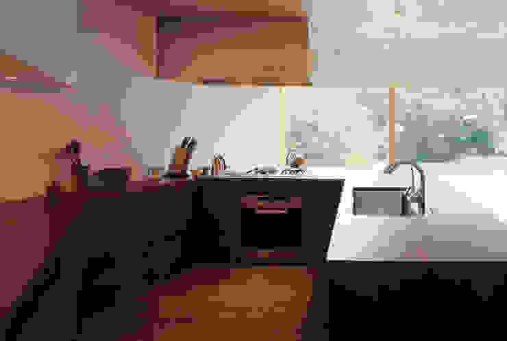 世帯2 キッチン モダンな キッチン の 八木建築研究所 Yagi Architectural Design モダン