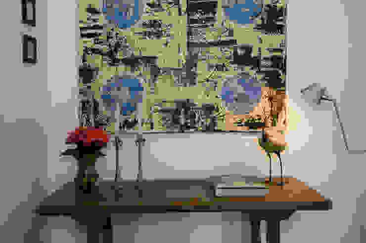 เขตร้อน  โดย Renata Romeiro Interiores, ทรอปิคอล
