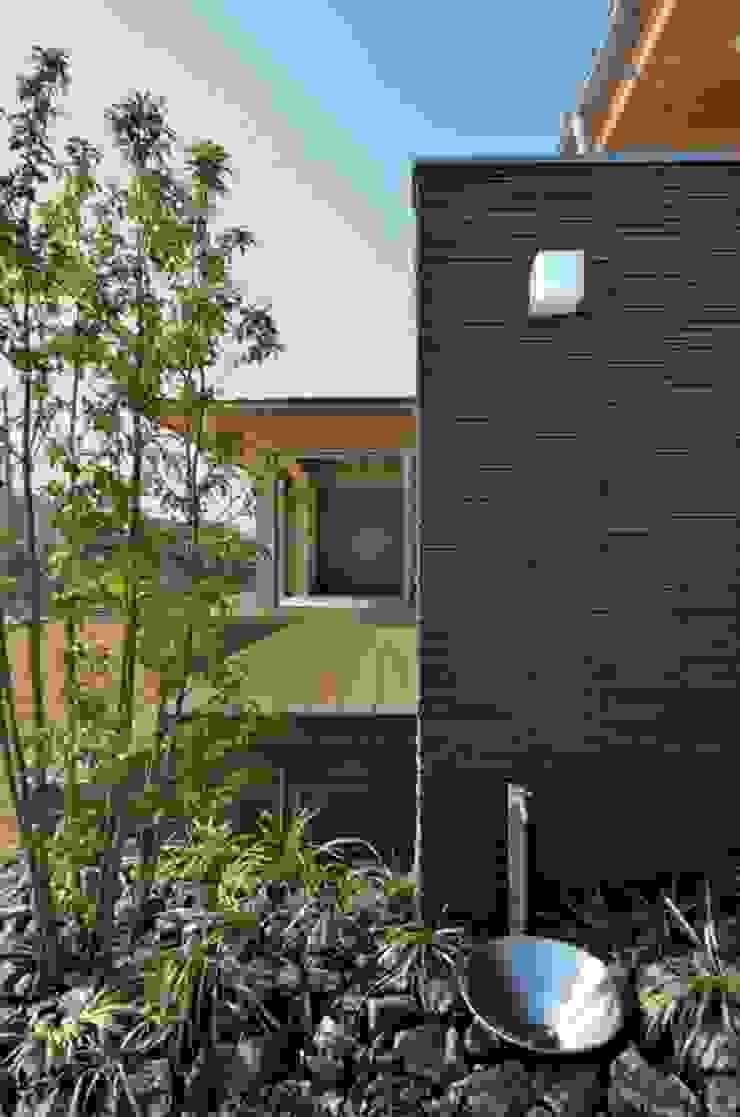 和モダンの家 日本家屋・アジアの家 の 岩田建築アトリエ 和風