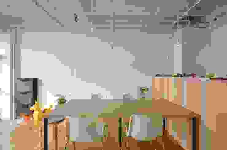 RE:->+ の 岩田建築アトリエ モダン