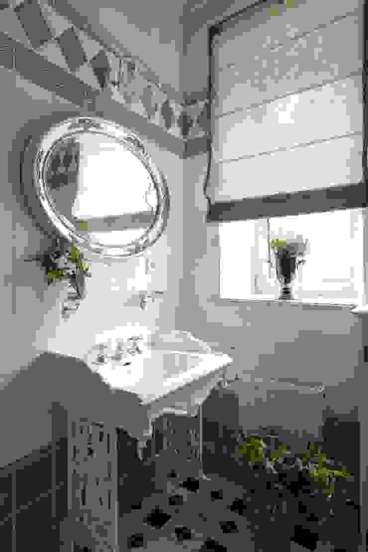 Загородный дом 360м2 Ванная в классическом стиле от Tatiana Ivanova Design Классический