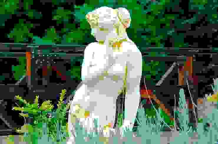 Figura para jardín. de Piedra Artificial Balaustres Martinez Moderno
