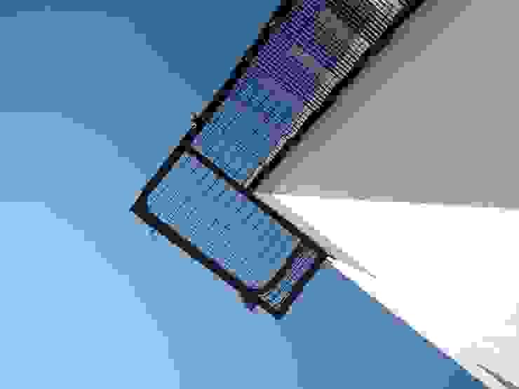 CASA MIRADOR Pasillos, vestíbulos y escaleras eclécticos de wrkarquitectura Ecléctico