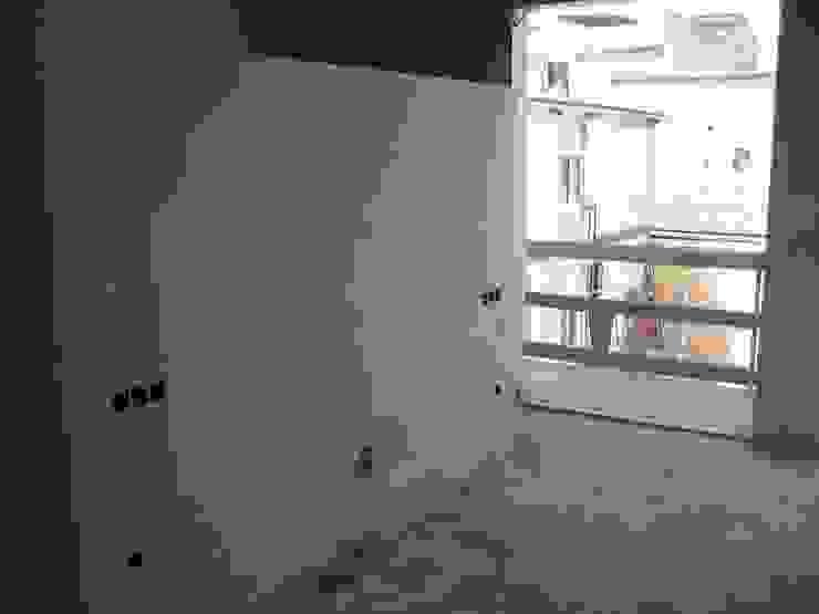 Aris & Paco Camús Moderne Wände & Böden