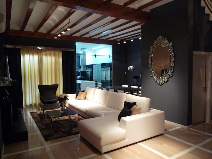 Modern Living Room by Aris & Paco Camús Modern