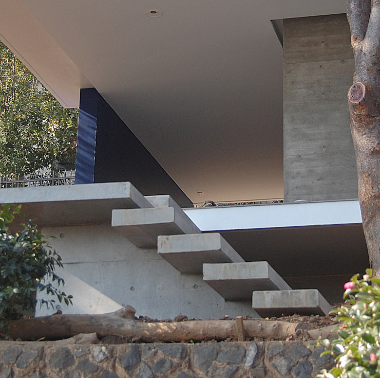 Minimalist house by Archiplus Architectural Design Office / ㈱アーキプラス一級建築士事務所 Minimalist Glass