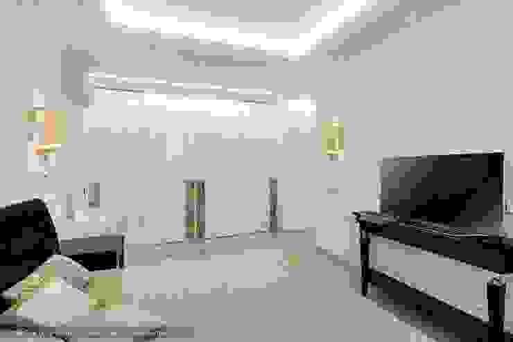 «Белоснежная Москва» – квартира на Красной Пресне – 131,3 м² Спальня в классическом стиле от Ольга Кулекина - New Interior Классический